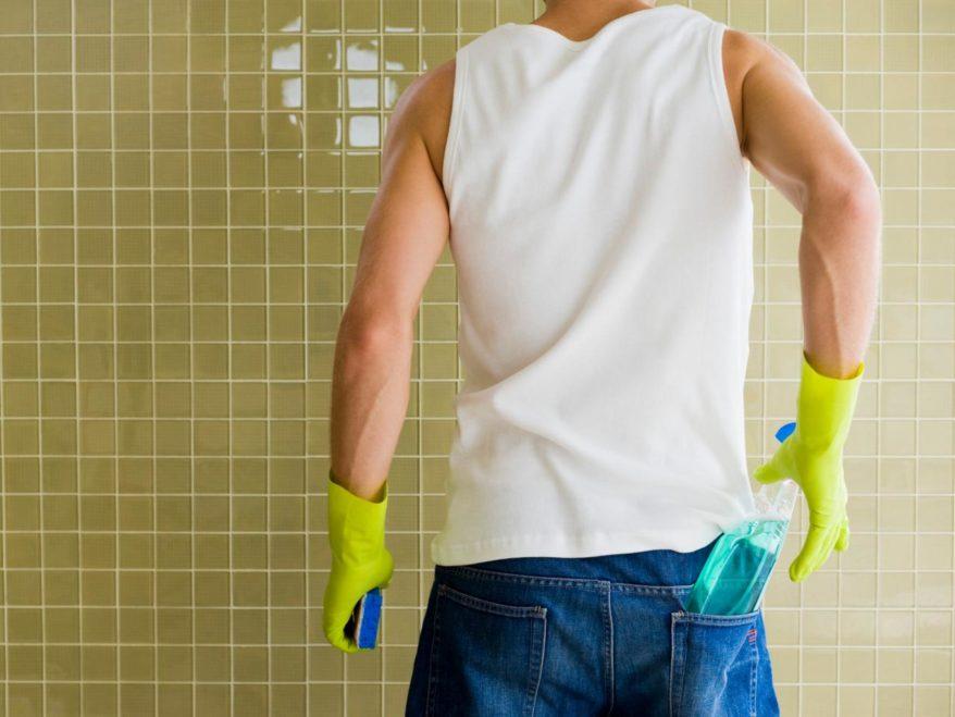 Come pulire le piastrelle del bagno e della cucina u pistone servizi
