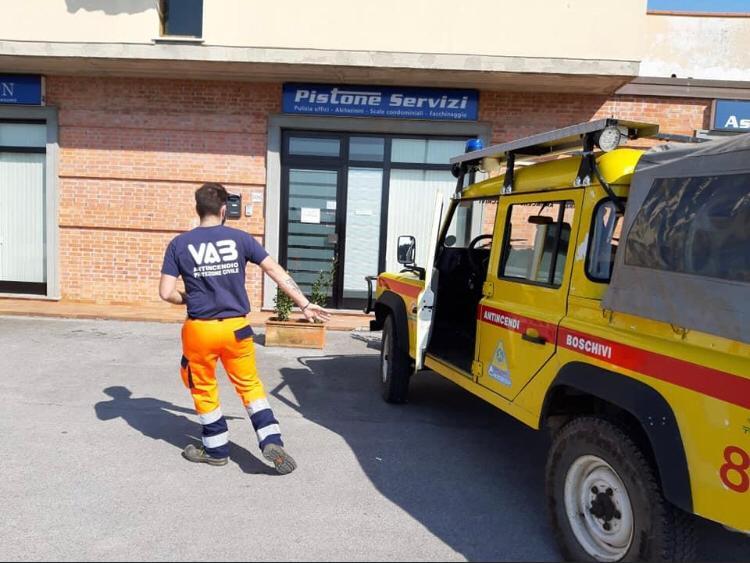 consegna DPI a Capannori